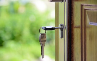 picture_of_front_door_with_key